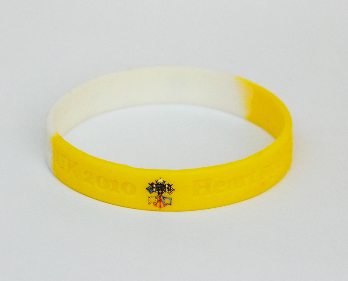 Personalised rubber wristbands with silicone logo