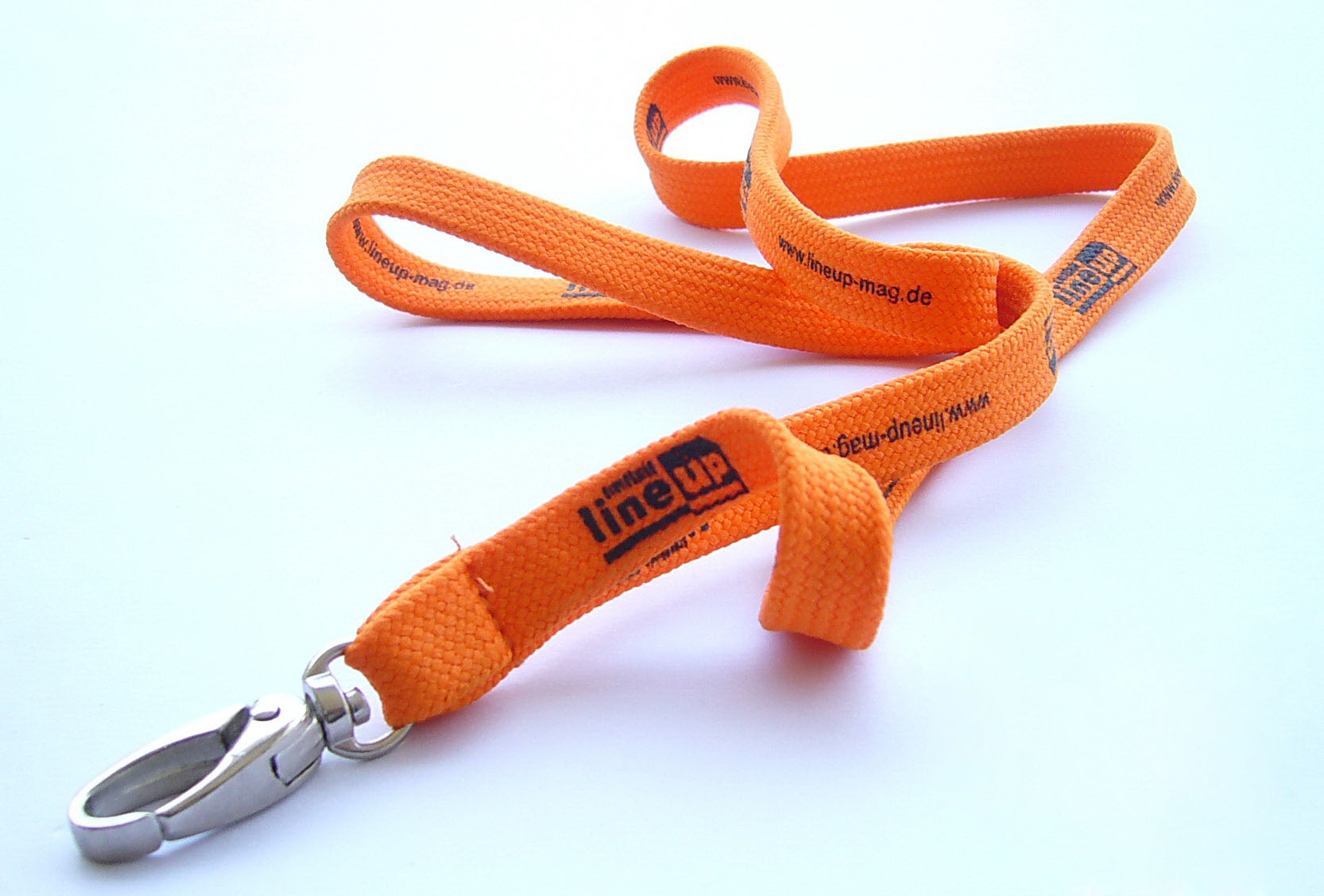 Tubular cotton lanyard with nickel plated swivel oval hook